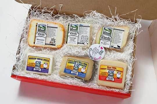 Gift Box F - Goat and Sheep Cheese